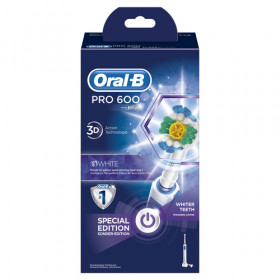 Oral-B Professional Care 600 White & Clean Adulto Spazzolino rotante-oscillante Blu, Bianco